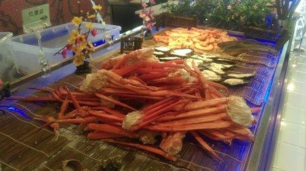 上海カニ食べ放題