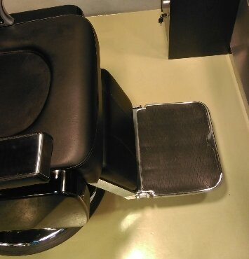 バーバーの椅子barber-isu