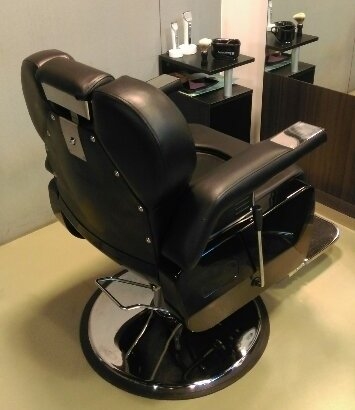 理容室の椅子riyouisu