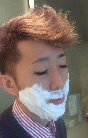 シェービングソープで髭剃りshavingsoap